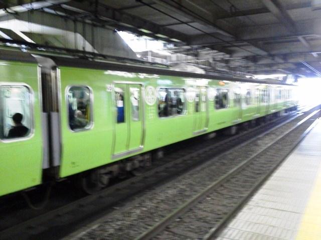 (いつのだよ?)♪丸い緑の山手線♪_b0081121_646414.jpg