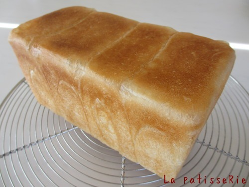 パンがやめられないお話_d0183440_15151732.jpg