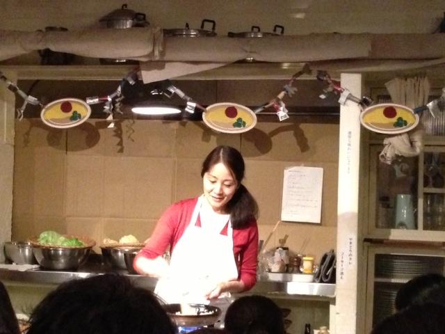 「料理ショウ=高山なおみ」_c0328441_09383808.jpg
