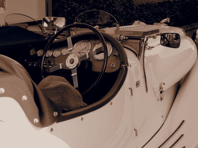 セピア色の車_a0257652_961064.jpg