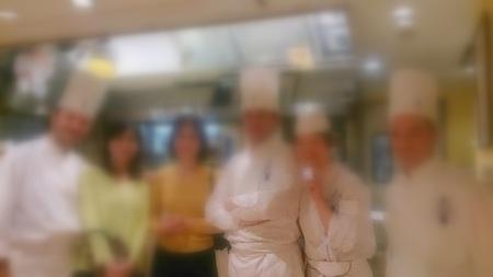 スタッフまりこちゃんの活躍♪ @コルドンパン上級ビュッフェ_f0141419_08551366.jpg