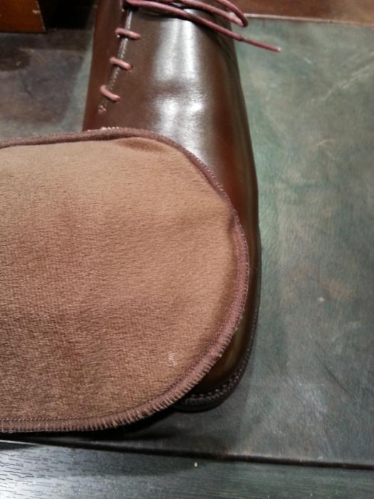 春の始まりに革靴の基本的なお手入れ方法のご紹介です。_b0226322_10551034.jpg