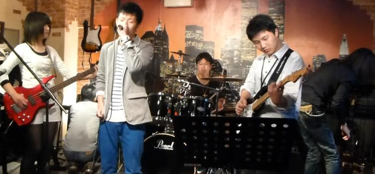 3月16日、今年初めてのカラフルライブでした♪ ライブレポpart1★_e0188087_2225178.jpg
