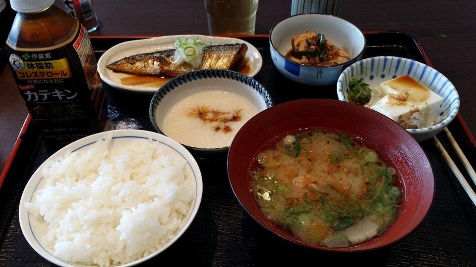 昨年亡くなったお袋さんの命日で、愛媛県新居浜市へ。_c0186691_1511289.jpg