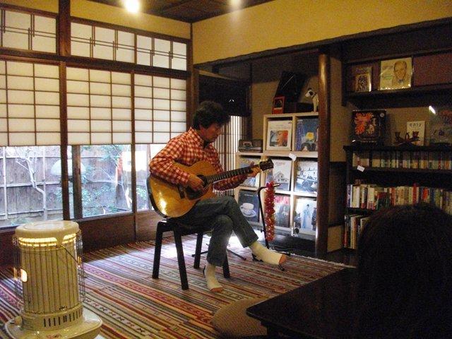 山内アラニ雄喜 Hawaiian Slack Key Guitar Solo Live 終了_e0230141_2321369.jpg