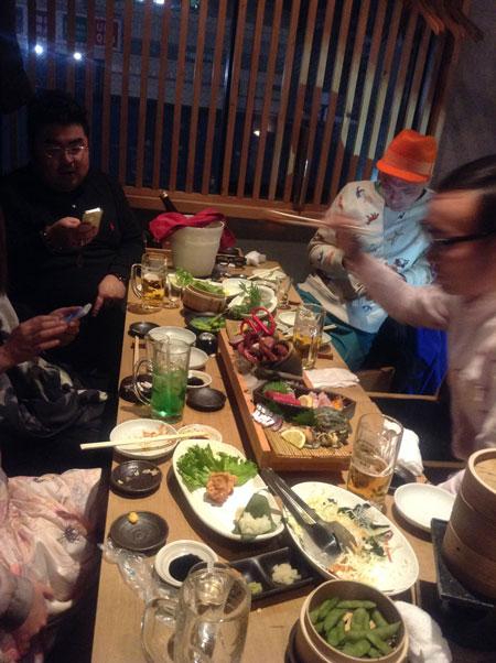 ふたたび東京へ avec manon n°3 夜会_a0262845_1343133.jpg