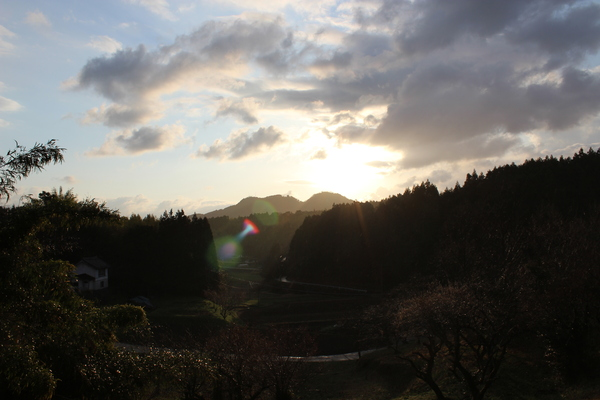 忙しかった「春分の日」の空 Ⅰ_a0174458_1793899.jpg