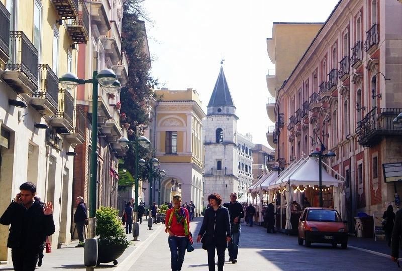 魔女がいた町 ベネヴェント_e0224461_5174452.jpg