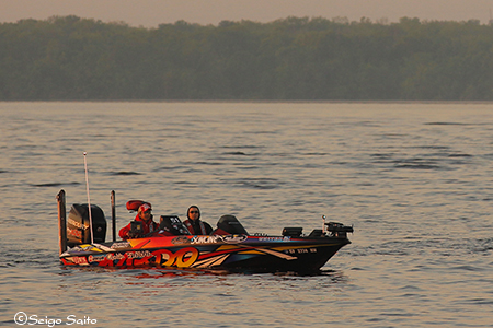 Bassmaster Elite Series #2 St Johns River, FL  2日目_a0097491_875997.jpg