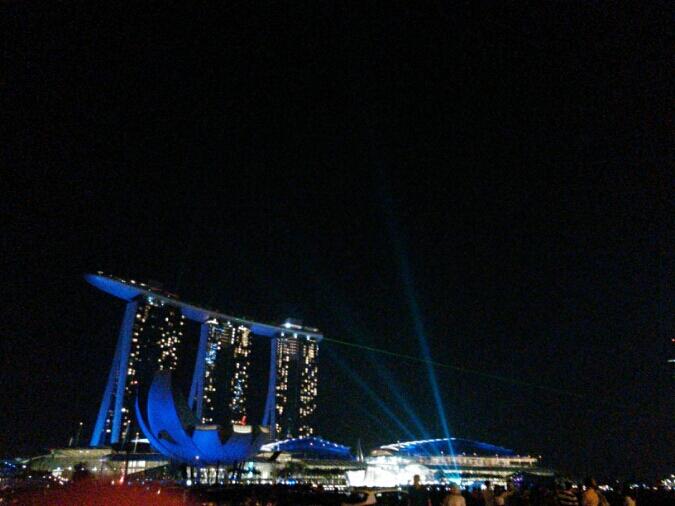 シンガポールの休日☆2日目;オットは南星の麺が好きらしい。_c0212604_535790.jpg