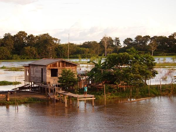 ベレン~マナウスに到着!(アマゾンクルーズ,ブラジル)_e0182138_5405482.jpg