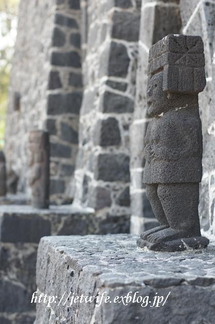 ディエゴリベラの溶岩博物館 Museo Anahuacali_a0254243_8375257.jpg