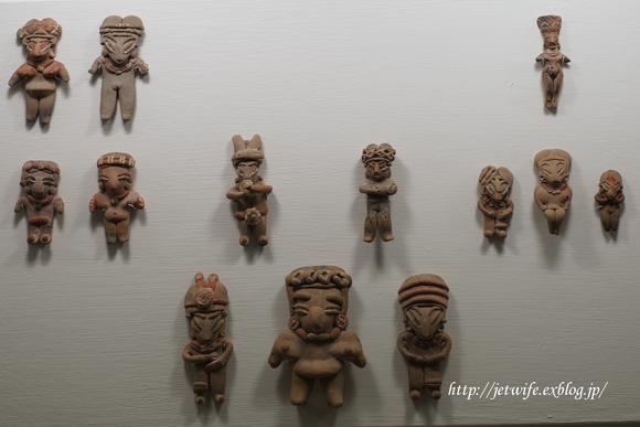 ディエゴリベラの溶岩博物館 Museo Anahuacali_a0254243_843948.jpg