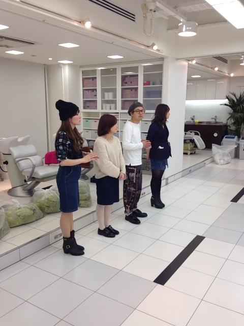 【新入社員】美容師の基本!シャンプーレッスン♪_c0080367_1953627.jpg