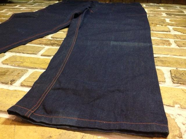 神戸店3/26(水)MidWestヴィンテージ入荷!#1 DeadStock DoubleKnee Denim Painter Pants!!!(T.W.)_c0078587_15471617.jpg