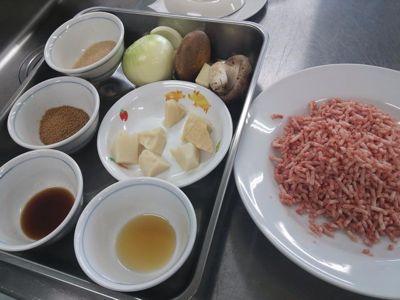 26.3.19料理教室ひき肉の簡単レシピ_f0309404_0374243.jpg