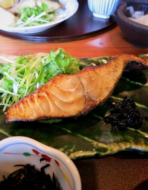 お料理 いけだ『炭火焼き定食・魚』 @佐久 _f0236260_22474790.jpg