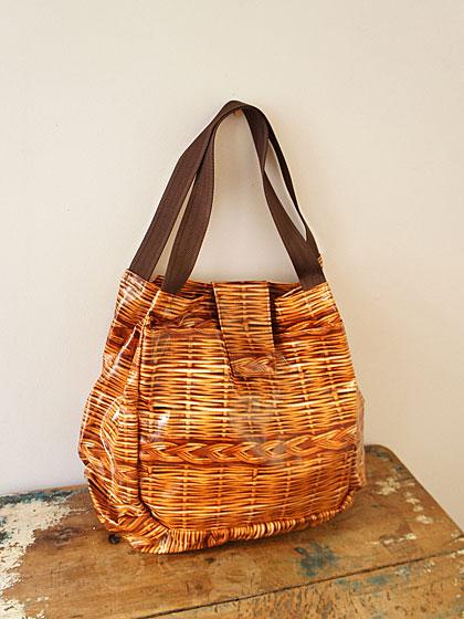 `kago`bag!?_b0195783_16150348.jpg