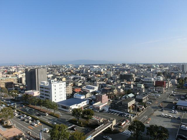 市役所屋上の富士山展望テラス「みえるら」の一般開放が始まった_f0141310_8455074.jpg