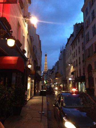 パリのアパルトマン到着 & ネオビストロへ!_f0141419_12110165.jpg