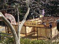 五月山動物園が少し大きくなってりニューアルオープン♪ちびっこ広場は忍者の館に変身♫_c0133422_0265790.jpg