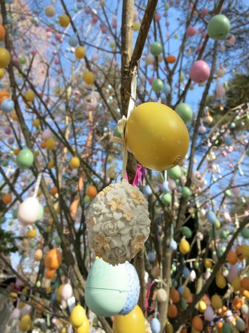 青空に映えるエッグツリー☆イースターフェスティバル・2014_f0236260_11111951.jpg