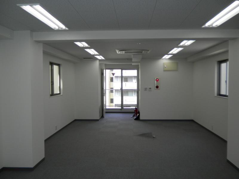 渋谷2丁目ビル竣工!_f0322193_20400564.jpg