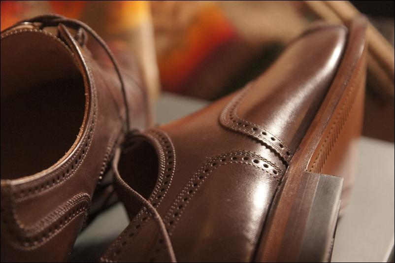 スコッチグレインの革靴を買って思ったこと。_b0024832_23164660.jpg