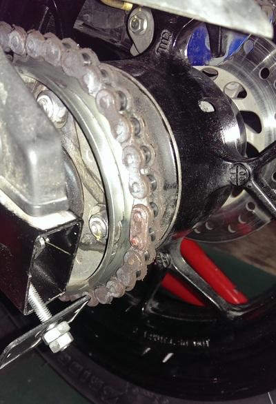 グロムのタイヤ・チェーン新品に_e0114857_19331119.jpg