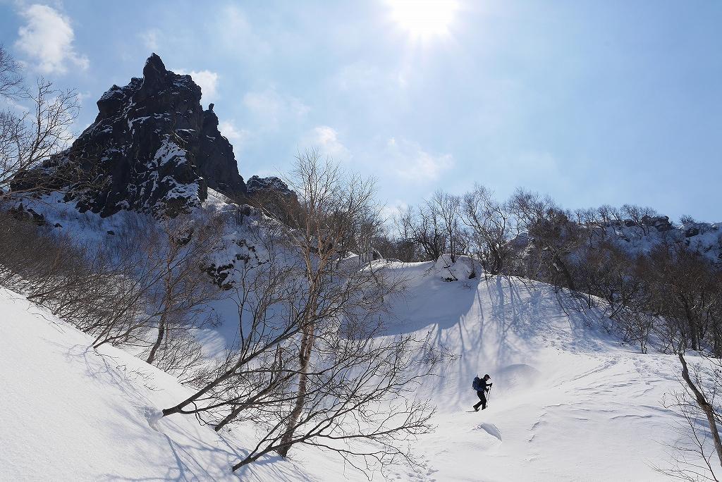 3月26日、恵庭岳-北東尾根から-_f0138096_22395615.jpg