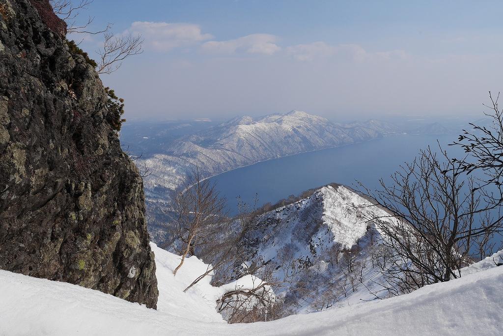 3月26日、恵庭岳-北東尾根から-_f0138096_22403381.jpg