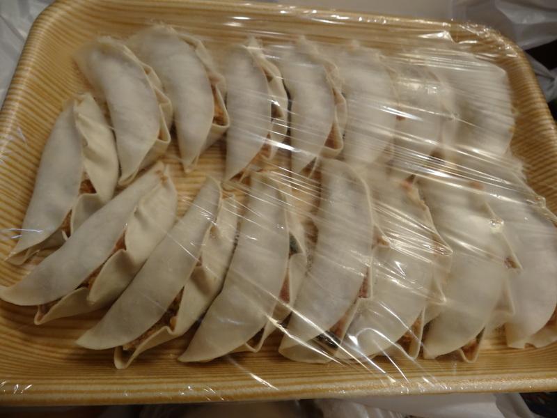 この日は餃子に焼売、春の香りの天麩羅に鮑釜飯です。_c0225997_7541035.jpg