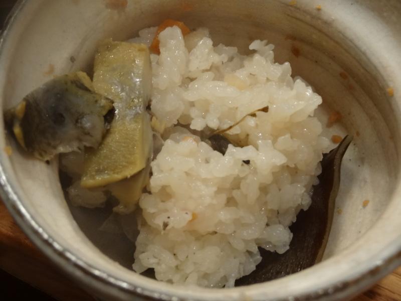 この日は餃子に焼売、春の香りの天麩羅に鮑釜飯です。_c0225997_8564362.jpg