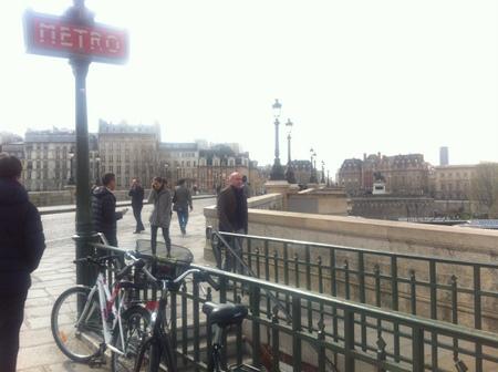 パリ散策 & おうちごはん_f0141419_15421622.jpg