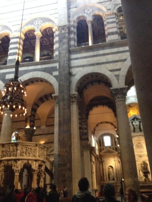 26/03/2014 ピサの洗礼堂の音響効果とドゥオモの卵_a0136671_1515825.jpg
