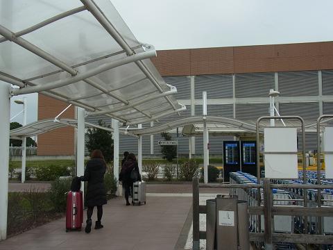 ヴェネツィアの空港_b0326809_16265822.jpg