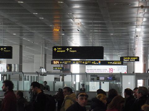 ヴェネツィアの空港_b0326809_16294562.jpg