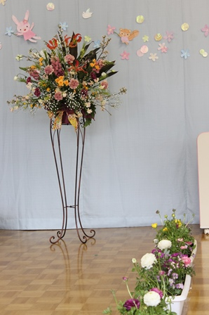 卒園式のスタンド花~!_d0227610_03115613.jpg
