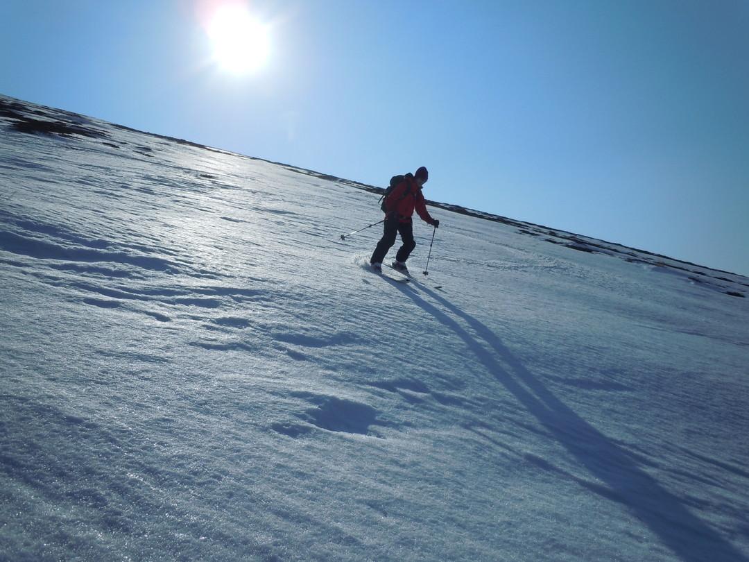 """2014年3月 『春の支笏湖、樽前山スキー』 March, 2014 \""""Lake Shikotsu in Spring and ski in Mt Tarumae\""""_c0219616_5511716.jpg"""