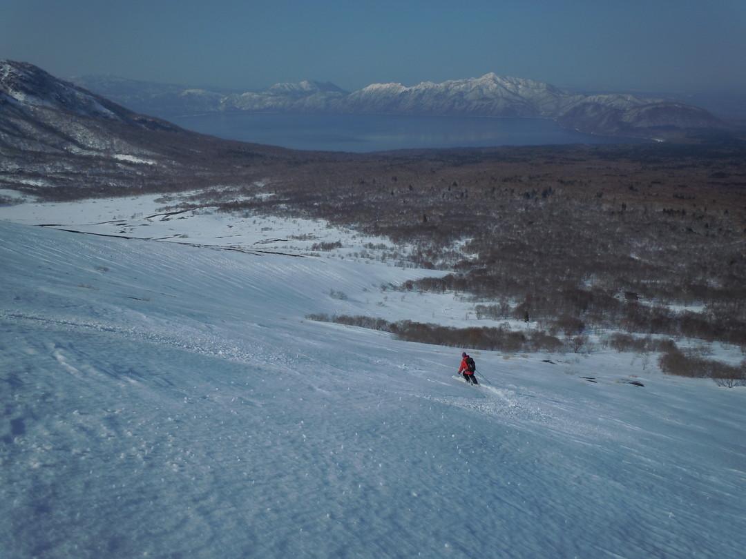 """2014年3月 『春の支笏湖、樽前山スキー』 March, 2014 \""""Lake Shikotsu in Spring and ski in Mt Tarumae\""""_c0219616_5515183.jpg"""