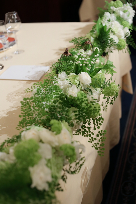 春の装花 とりかごの高砂装花 シェ松尾青山サロンさまへ_a0042928_2214271.jpg