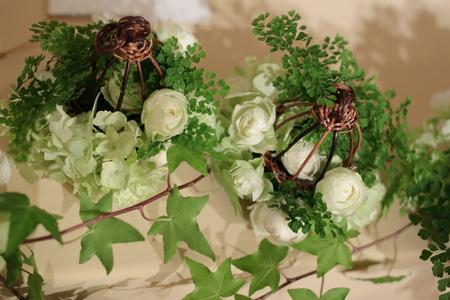 春の装花 とりかごの高砂装花 シェ松尾青山サロンさまへ_a0042928_22144079.jpg