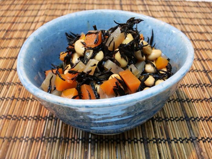 大豆とひじきのあっさり煮_a0258686_6174982.jpg