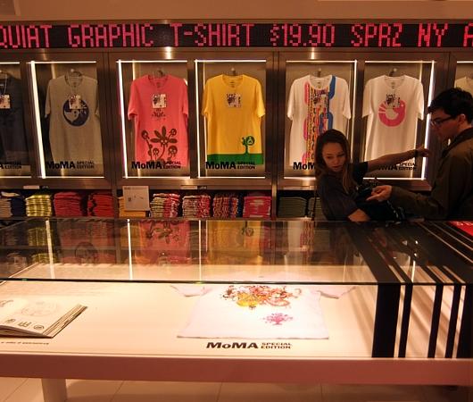 MoMAが全面協力するユニクロNY5番街店内の「SPRZ NY」ストアに行ってきました!!!_b0007805_17104611.jpg
