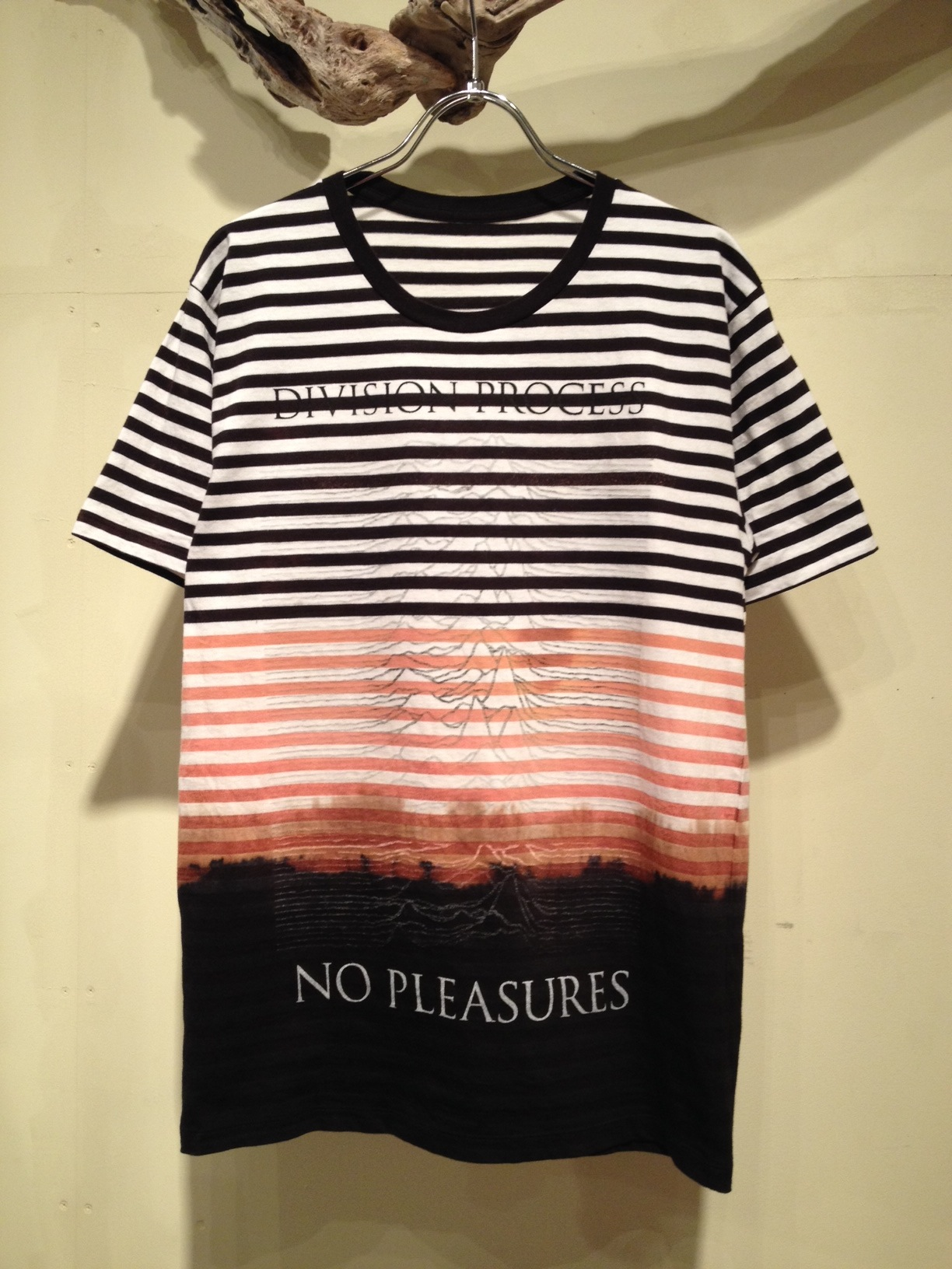 NO PLEASURES S/S Tee (Border ver.)_f0126931_1633819.jpg