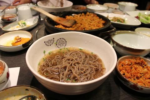 ソウルでおいしいミノ&テッチャン@オバルタン_a0223786_1933080.jpg