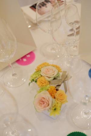 春の装花 オレンジ リストランテASO様へ_a0042928_13122103.jpg