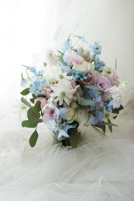 クラッチブーケ 軽井沢高原教会様へ 春の水辺_a0042928_19594918.jpg