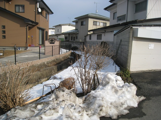 のりしろ散歩~米沢街道②_a0087378_5504551.jpg