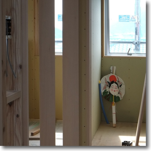 建築現場もまた楽し_f0099102_18422783.jpg